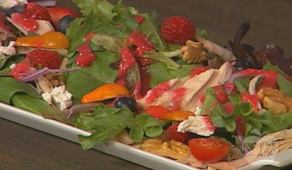 summer-salad-raspberry-vinaigrette