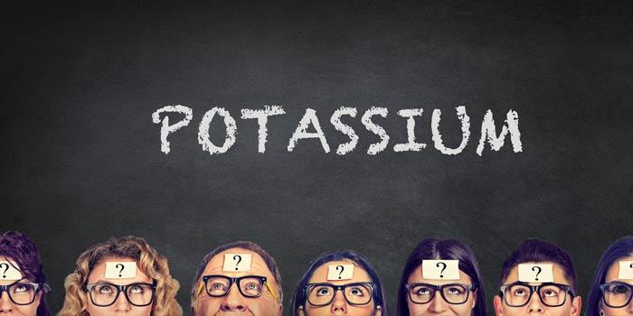 potassium-chalk-duster
